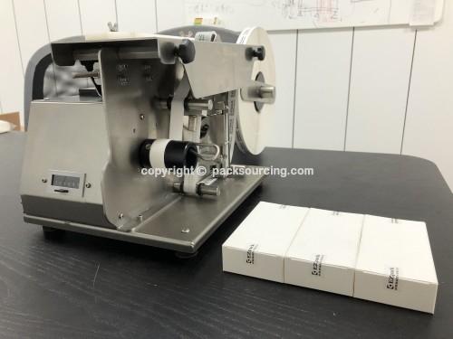 半自動折角貼標機/SEMI-AUTO L-TYPE LABELER